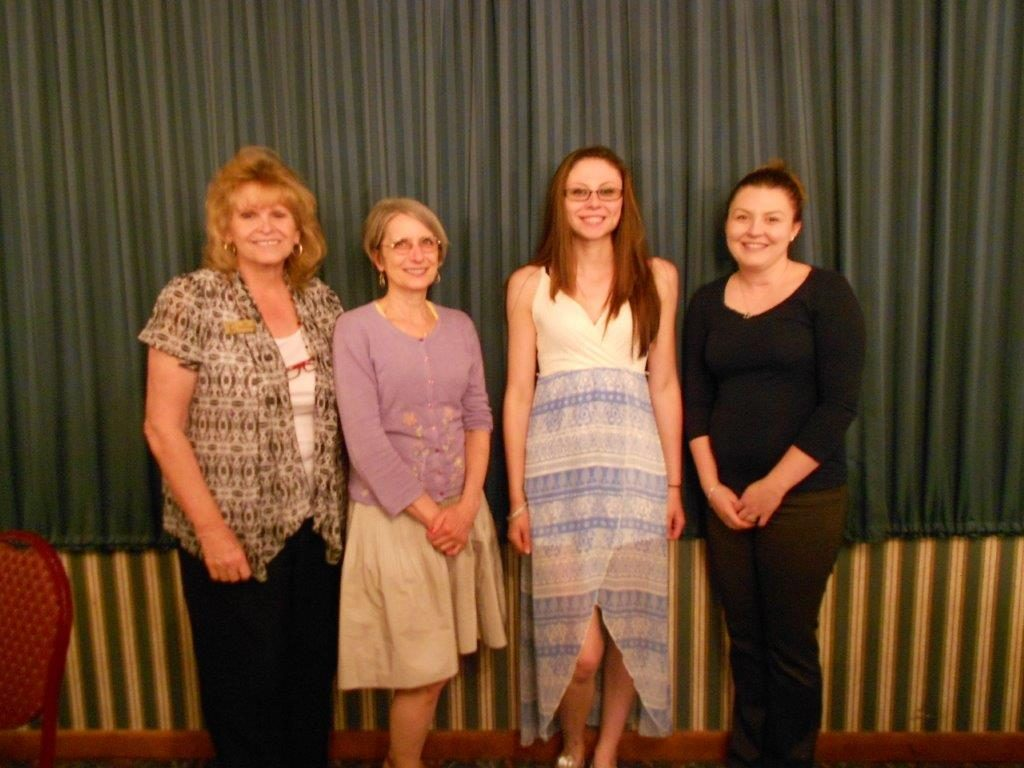 2016 Mildred Ridley Awards: Sue Pulverenti, Zontian, with winners Angel Sayers, ReAnnin Christensen and Ashley Cassano.
